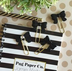 Resin Bow Paperclips / ECLP / Erin Condren / Page Marker / Bookmark / Scrapbook / Planner by PugPaperCo on Etsy https://www.etsy.com/listing/248924023/resin-bow-paperclips-eclp-erin-condren