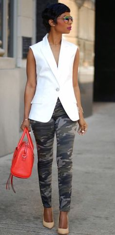 Street Chic Style!.. those pants wht top green bcbg bag tan sandals