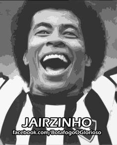 """Revelado em General Severiano, Jairzinho herdou e honrou a camisa 7 de Garrincha no Botafogo, na segunda metade dos anos 60 e início dos 70. No Mundial do México, em 1970, foi o artilheiro do Brasil, com 7 gols (marcando em todas as partidas), e ganhou o apelido de """"Furacão da Copa"""", por sua velocidade e disposição. Em 404 partidas pelo Botafogo, marcou 189 gols."""