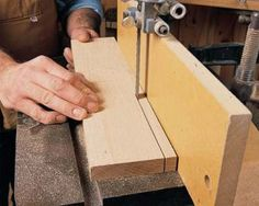 Resawing on the bandsaw allows you to cut logs into lumber, make thin boards from thick and cut your own veneer. Woodworking Courses, Woodworking Guide, Woodworking Magazine, Woodworking Workshop, Woodworking Techniques, Woodworking Items That Sell, Woodworking Projects That Sell, Popular Woodworking, Woodworking Crafts