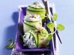 Découvrez la recette Makis au chèvre et au concombre sur cuisineactuelle.fr.