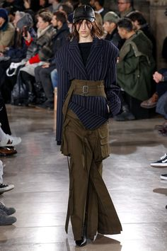J Fall 2017 Menswear Fashion Show Fashion Week Paris, Fashion 2017, Runway Fashion, Winter Fashion, Fashion Show, Fashion Looks, Fashion Outfits, Womens Fashion, Fashion Design