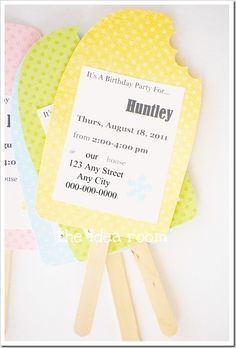 These are so cool and so easy to make. Great invitations for a summer or pool party - artworx.co