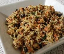 Quinoa, carrot, coconut and ginger salad