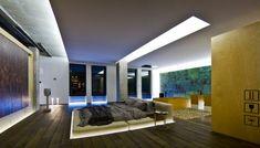 loft-einrichtung-schlafzimmer-gesunkenes-bett-indirekte-beleuchtung