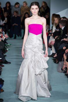 Oscar de la Renta Fall 2016 Ready-to-Wear Fashion Show - Irina Djuranovic