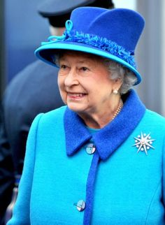 Queen Elizabeth, Nov. 14, 2013 in Angela Kelly | The Royal Hats Blog