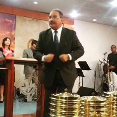 Hazme temblar esta noche, pídele al Señor esa presencia que nos confronta #ameccda #pastormizraimesquilin #prayerservice