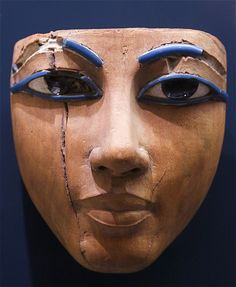 The average Egyptian This contains over 400 images, and will require some time to load. It is also is under more or less permanent construcion, I will finish sorting them all by dynasty eventually. Egyptian Mask, Egyptian Makeup, Ancient Artifacts, Ancient Egypt, Monuments, Egypt Mummy, Louvre, Stone Art, Old Pictures