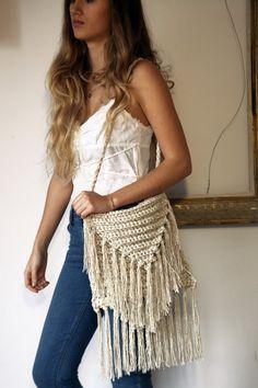 Bolsos y monederos crudos crochet flecos por ThreeBirdsSitting
