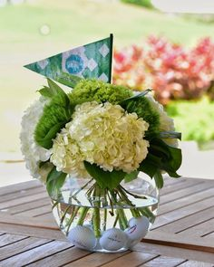 Simple centerpieces for a golf tournament! - Simple centerpieces for a golf tournament! … Simple centerpieces for a golf tournament! Golf Centerpieces, Golf Party Decorations, Simple Centerpieces, Party Themes, Event Themes, Ideas Party, Retirement Party Centerpieces, Centerpiece Ideas, Event Decor