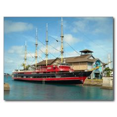USA - Hawaii - Ship docked - Maritime Center