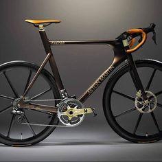 Classy. #bike #bicycle #mtb #cyclist #roadbike #ciclismo #mountainbike #cycle #fitness #bikeporn #fixedgear #training #strava #bikelife #triathlon #sport #fixie #bici #cyclingphotos #instabike #bicicleta #cyclinglife #ride #velo #specialized #shimano #nature #bikes #running #stravacycling