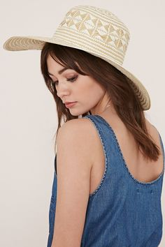 8261f951cab Two-tone floppy straw hat Forever 21 Hats