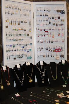 What I like: Use of vertical space, hinged boards. Earring and necklace display