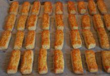 Parmezános sós rudak – remek nasi, villámgyorsan ezért rajongani fogsz! Hot Dog Buns, Hot Dogs, Nasa, Sausage, Bread, Food, Sausages, Brot, Essen