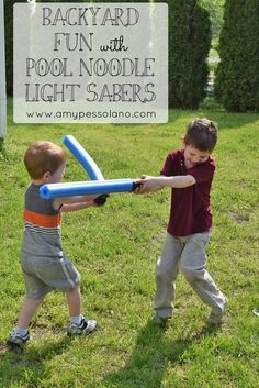 Little Star Wars fans will LOVE these pool noodle light sabers.