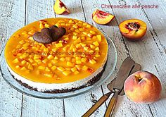 Cheesecake alle pesche. #ricetta di @annamolino Sweet Recipes, Yummy Recipes, Cheesecake, Dessert Recipes, Desserts, Chana Masala, Catering, Yummy Food, Cookies
