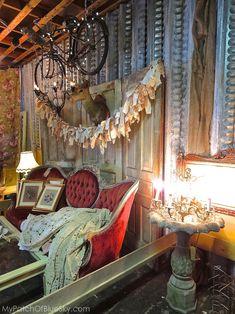 Salvage Sister, Burlington, NC, upcycled, painted furniture, metal, vintage, junk, display, merchandising