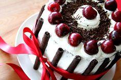 Schwarzwälder Kirschtorte / Traditional Black Forest Cake