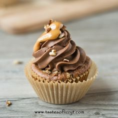 So my sissy sends me this pin to make these cupcakes! So glad someone loves them! Caramel Turtle Cupcakes