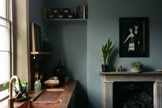 Kitchen of the Week: deVol's Urban Rustic Kitchen Gets a Glamorous Update - All About Decoration Blue Rooms, Oval Room Blue, Dining Room Design, Open Dining Room, Front Room, Home, Kitchen Fireplace, Rustic Kitchen, Urban Rustic