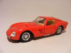 Ferrari 250 GTO 1965 Le Mans 1:43 Solido Red - Speelgoedenverzamelshop.nl