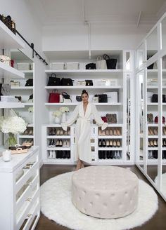 53 Elegant Closet Design Ideas For Your Home. Unique closet design ideas will definitely help you utilize your closet space appropriately. An ideal closet design is probably the only avenue towards go. Walk In Closet Design, Bedroom Closet Design, Master Bedroom Closet, Closet Designs, Spare Room Closet, Closet Rooms, Closet Small, Wardrobe Design, Master Bedrooms
