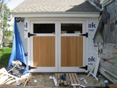 Today, we try to help to build a swing out garage doors in very simple ways. For your information, swing out garage is one of… Swing Out Garage Doors, Carriage Style Garage Doors, Double Garage Door, Diy Garage Door, Modern Garage Doors, Garage Door Styles, Garage Door Makeover, Carriage Doors, Garage Door Design