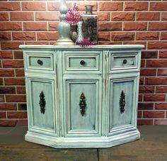 Shabby Chic Entrance Hall Console Cabinet! Colour: Plaster from Fusion!
