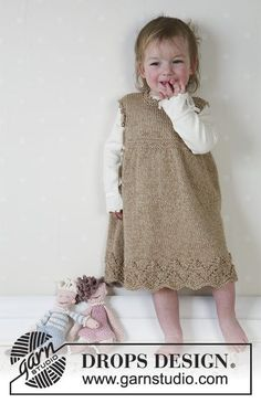 Sweet Rebecca / DROPS Baby 13-4 - DROPS Dress in 2 threads Alpaca and soft toys and blanket.