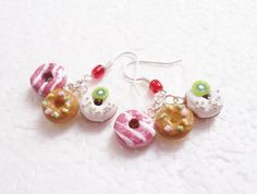 Donut Earrings. Polymer Clay. by GiraffesKiss on Etsy
