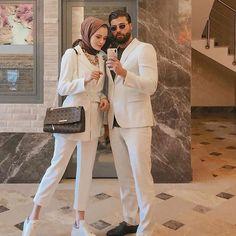 Do you need ladies sneakers? Womens Sneakers In Style. Modest Fashion Hijab, Modern Hijab Fashion, Casual Hijab Outfit, Hijab Fashion Inspiration, Hijab Chic, Muslim Fashion, Fashion Outfits, Indian Fashion, Korean Fashion