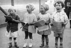 Four Young Children Singing by Underwood Archives - Four Young Children Singing Photograph - Four Young Children Singing Fine Art Prints and Posters for Sale Vintage Children Photos, Images Vintage, Vintage Pictures, Vintage Photographs, Old Pictures, Old Photos, Jolie Photo, Boy Doll, Beautiful Children