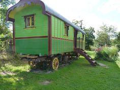 Gypsy Caravan, Gypsy Wagon, Shepherds Hut, Tiny House On Wheels, Travel Style, Glamping, Green Colors, Habitats, Construction