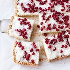 millet flour cake (mazurek) with coconut pudding & pomenagrate . Sweet Recipes, Real Food Recipes, Baking Recipes, Yummy Food, Healthy Recipes, Homemade Desserts, Great Desserts, Dessert Recipes, Coconut Pudding