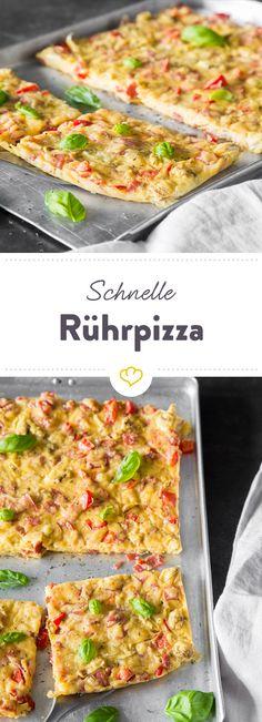 Lieblingszutaten zusammenrühren, aufs Blech gießen und fertig ist die Pizza!