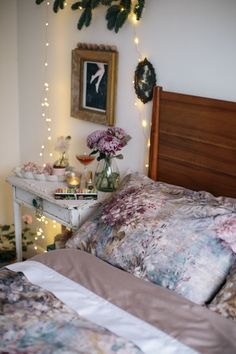 Nutcracker ballet inspired bedroom styling | small apartment ...