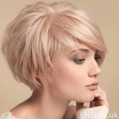 "Short Cropped Hairstyles for Fine Hair [ ""Layered Bob Haircuts 2015 - 2016 Bob Hairstyles 2015 - Short Hairstyles for Women"", ""Looking for a new fresh bob hairstyles? Here we have rounded Layered Bob Haircuts 2015 - 2016 for you to get inspirational ideas Blonde Bob Hairstyles, Haircuts For Fine Hair, Cool Hairstyles, Cropped Hairstyles, Layered Hairstyles, Pixie Haircuts, Curly Hairstyle, Medium Hairstyles, Hairstyle Ideas"