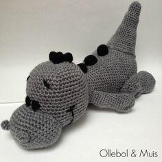 Gehaakte draak grijs draakje draakje draak gehaakt door Ollebol