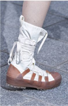 102 Best Boots images in 2020 | Boots, Footwear, Shoe boots