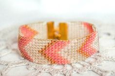 Beaded chevron bracelet pink and rose gold by Bracelicious on Etsy