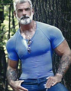 Love the tats and the bear and the very tight shirt! #Hot #SilverFox #Hotties #Handsome