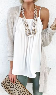 Adorable Fall Outfits To Stand Out From The Crowd women's silver chain necklace Mode Outfits, Casual Outfits, Fashion Outfits, Womens Fashion, Fashion 2018, School Outfits, Dress Fashion, Looks Chic, Looks Style