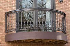 Azek balcony with iron railing