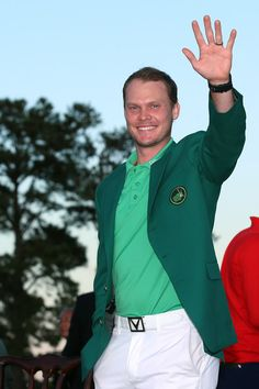 - #DannyWillett shot a superb five-under-par 67 to take advantage of #JordanSpieth's capitulation and win the #Masters after a thrilling final round.  Photograph: Danny Willett of #England celebrates with the green jacket after winning the final round of the #2016MastersTournament at #AugustaNationalGolfClub on April 10, 2016 in Augusta, #Georgia. #Masters2016
