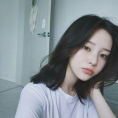 Read GİRLS ♂ Son Hwa Min from the story ♣ ULZZANG ♣ by jeon_deuk (菫) with 278 reads. Ulzzang Korean Girl, Cute Korean Girl, Asian Girl, Ulzzang Girl Selca, Ulzzang Couple, Asian Men, Ulzzang Short Hair, Korean Short Hair, Short Hair Korea