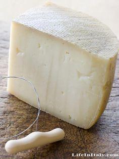 Pecorino cheese, Sardinia