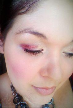 Seeing Red...Eye Shadow {Makeup Tutorial}