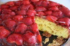 Torta z (gozdnimi) jagodami